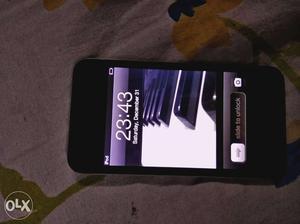 Apple iPod touch(32 GB) 4th generation black