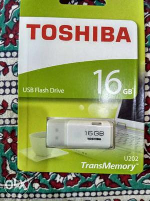 Gray Toshiba 16gb Usb Flash Drive