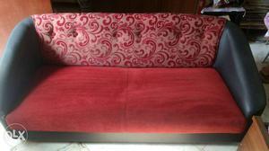 3+2 seater velvet sofa almost new condition