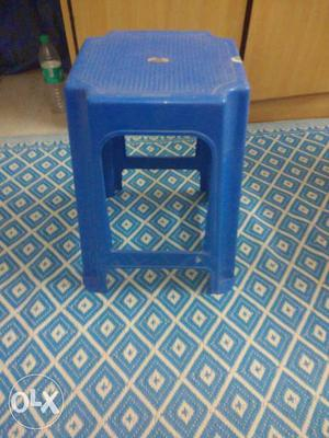 Small plastic table almost new for sale