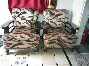 3+2 sofa any 1 can intrest plz cal me old bowinpally