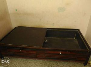 3/6 single bed with storage in very good condition