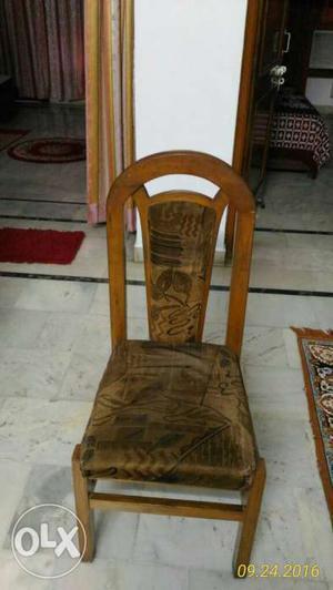 6 seater dining table teak wood saghwan in a very good