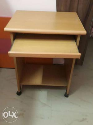 Computer table in a very good condition, price is