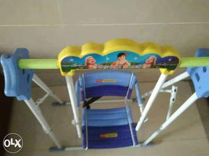 Swing with safety belt,use 10 months to
