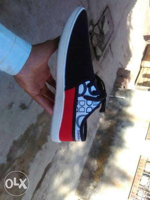 Not used new shoes i want 6 size shoes and gotes