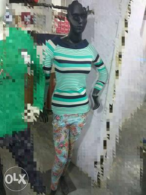2 female dummy, mannequines for sale immeditly