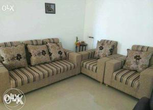 New branded luxurious sofa set