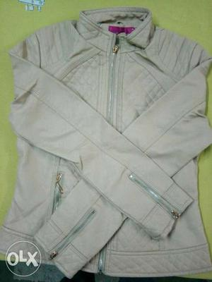 New jacket for girls in low price medium size