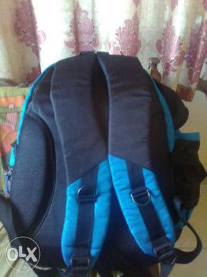 New unused HIKERS company bag.Blue in colour.