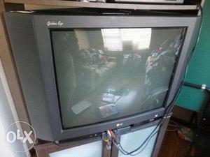TV 75 cm LG Golden eye