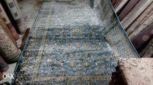 Silk carpet sky Blue, brand new, 6 feet x 9 feet