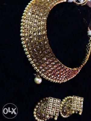 Gold And Diamond Collar Necklace And Earrings