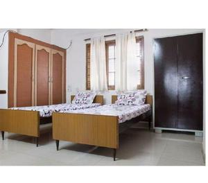 Rent a fully furnished flat on sharing for girls in begumpet