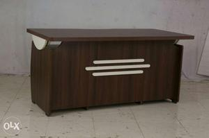 GB office table new Brand