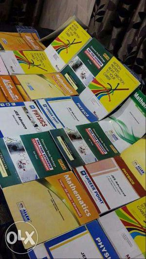 Allen/Aakash medical books at best prices and excellent