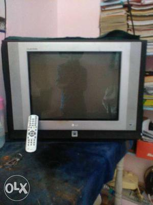Gray Lg Crt Tv With Remote