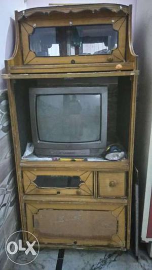 LG 21'' tv with tv table