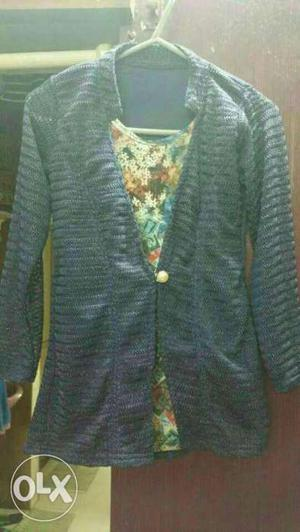 Want to sell this top for 200...new not used.