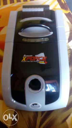 Eureka Forbes Vacuum Cleaner 5.1 kg. Unused n