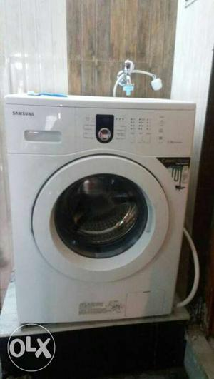 White Siemens Front Load Washing Machine