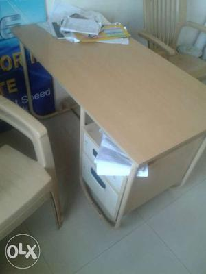 Office desk table good condition