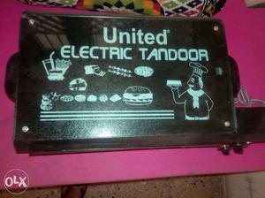 Black United Electric Tandoor