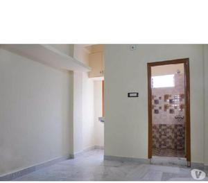 1 BHK Unfurnished Flat for rent in Banjara Hills for family