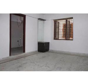 3 BHK Semifurnished Flat for rent in Manikonda for family