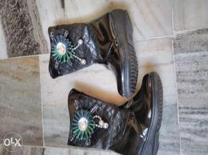 """Boot shoes for girls. Size: 6 1/2"""" or  cm"""