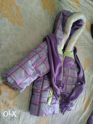 Its a brand new unused kids winter set. Size 12
