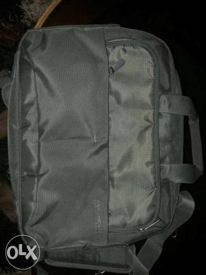 American tourister Laptop bag. Covertible into