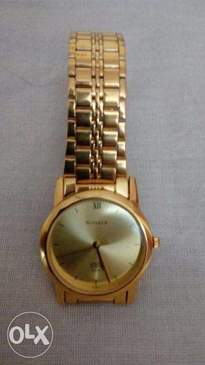 Sonata Golden Dial and Chain gent's wrist watch – New