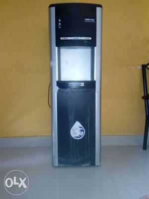 EUREKA FORBES water purifier with hot & cold dispenser,good
