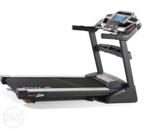Used treadmill. Good condition. 3yr old. Used for