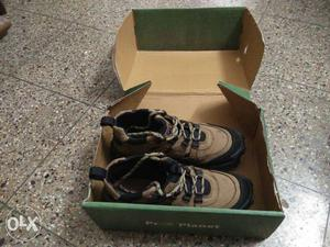 3 months used wood land shoes for sale.