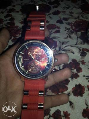 New good looking watch with 2 days ago amajing