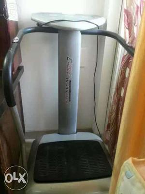 Full Body Excise Machine just used for less than