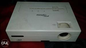 I Want sell my optoma and epson projector in dead