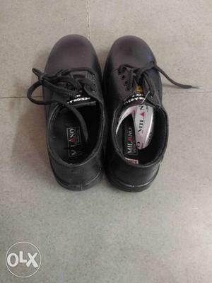 Action safety shoes PU sole No-7 Brandnew