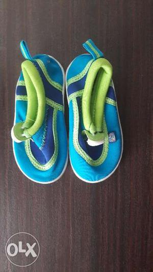 Beach shoes, exercising shoes, swimming shoes or