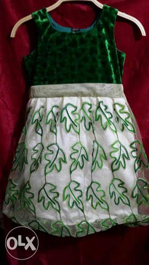 Green Velvet And White net Sleeveless Dress for 5-6 years