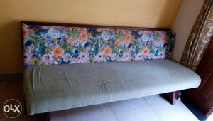 4+1+1 sofa with good cusion. for immediate sale.