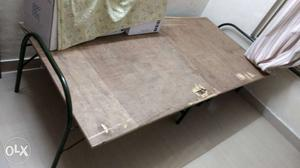 This is foldable cot bed with ply wood base