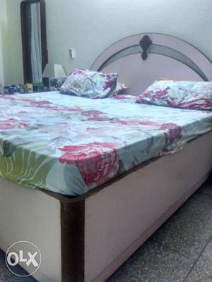 Double bed with mattress at sector 9 dwarka