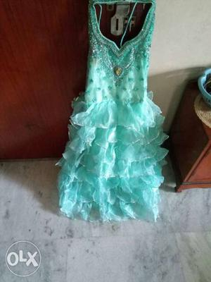 Heavy and gorgeous frock. For the age of 10yrs