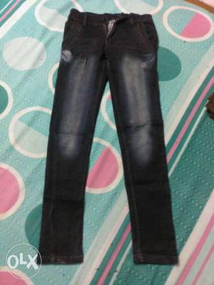 Washed dark denim jeans for a gentleman of