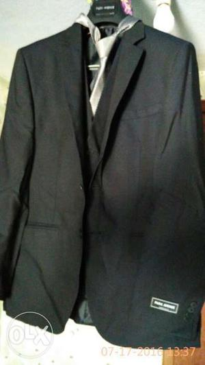 1 hr used brand new park avenue coat suit with