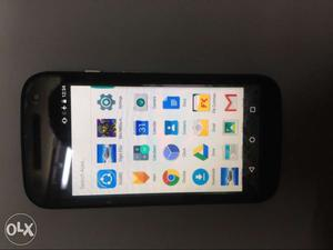 It's is a moto e 2g (black).It in extremely good