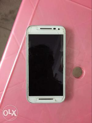 Moto G3 in excellent condition, 18 months old
